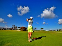 Golf courses and washing machines: obstacles and opportunities for sustainable water management