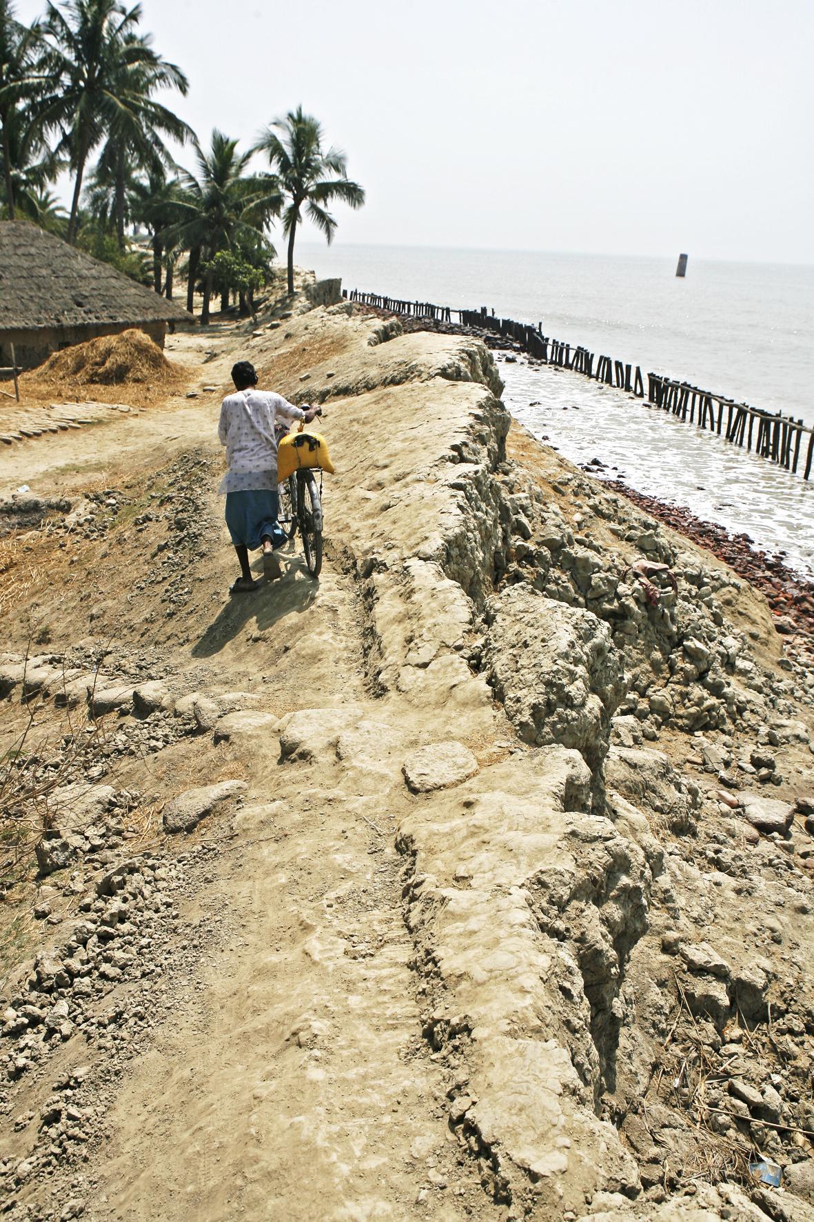 Αναχώματα στο νησί Sagar