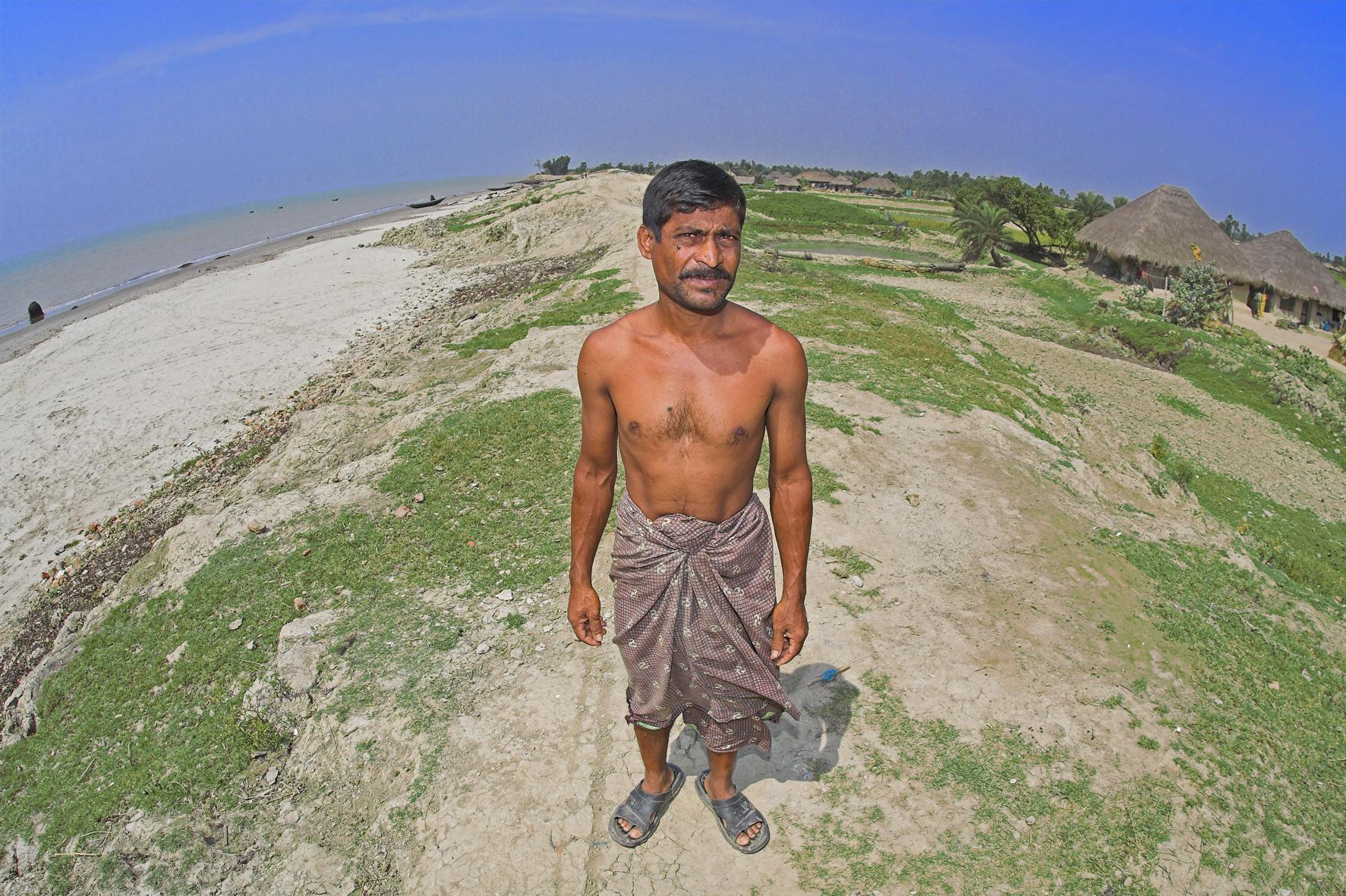 Ruhul Khan, témoin