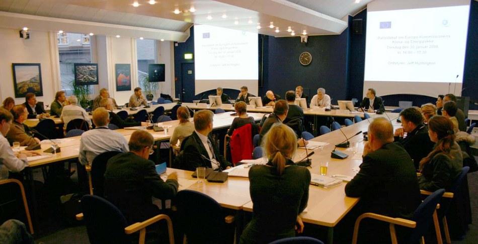 Full house on climate debate