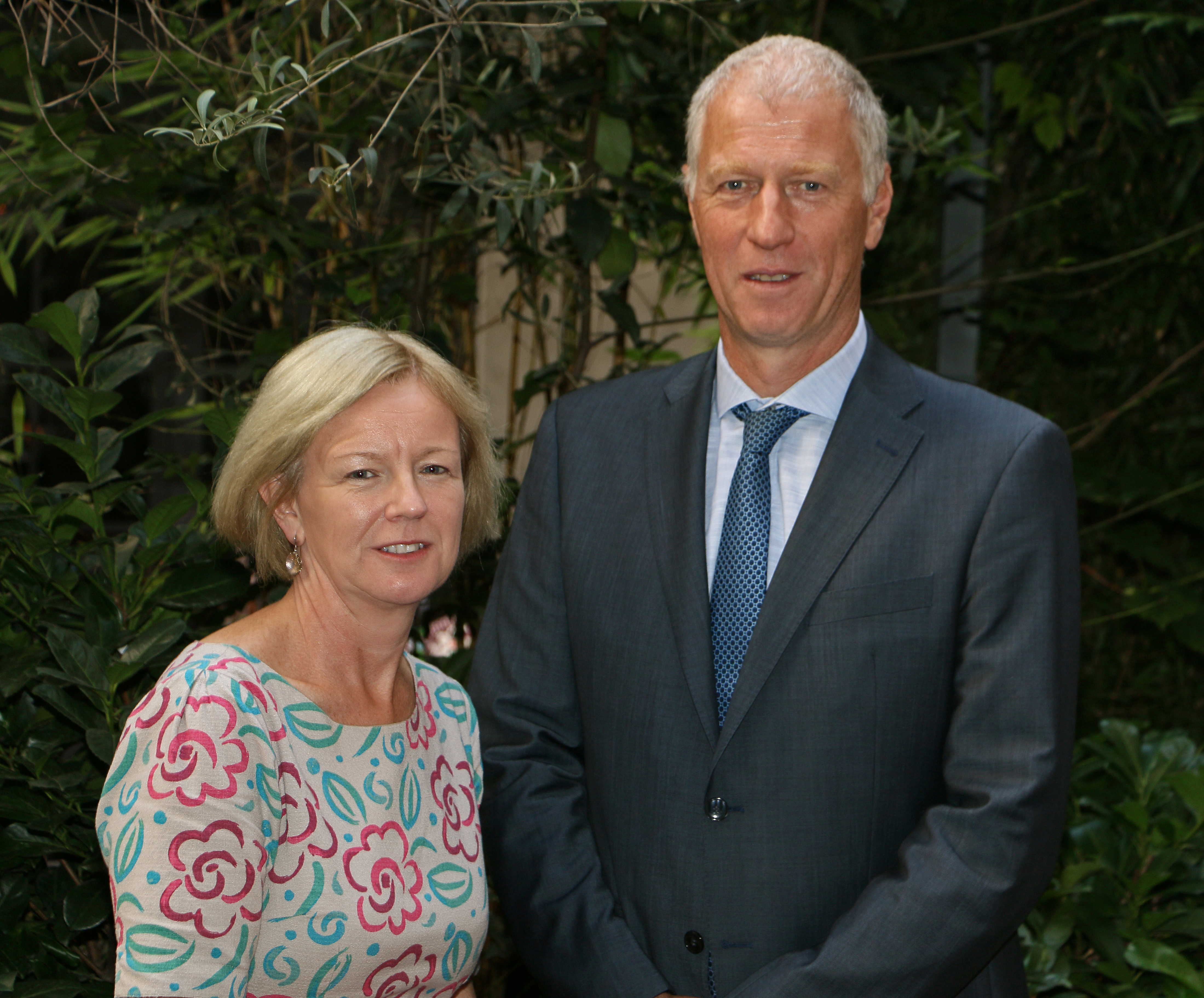 Laura Burke, chair of the EEA Management Board, with Hans Bruyninckx, EEA Executive Director