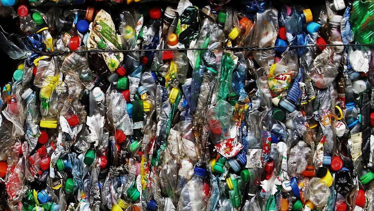 The plastic waste trade in the circular economy